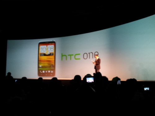 One X, il nuovo smartphone top-gamma di HTC: hands-on by Androidlab.it
