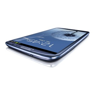 GALAXY S III Product Image (2)_light (1)